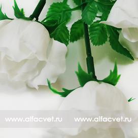 розы пластмассовые цвета белый 6